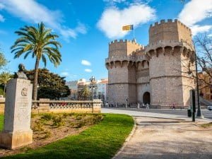 shutterstock_183743831-learn-spanish-in-valencia-2